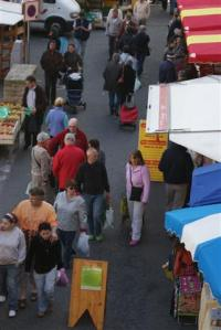 Looking for bargains in Morlaix market