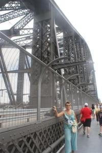 Walking on Sydney Harbour bridge