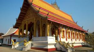 Our first temple Wat Mai